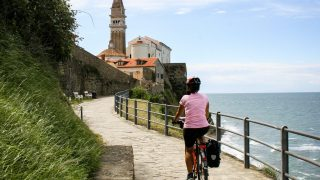 Cycling into Croatia on the sea wall track