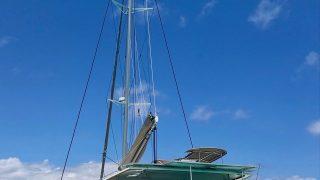 Sempre Due anchored of Moorea